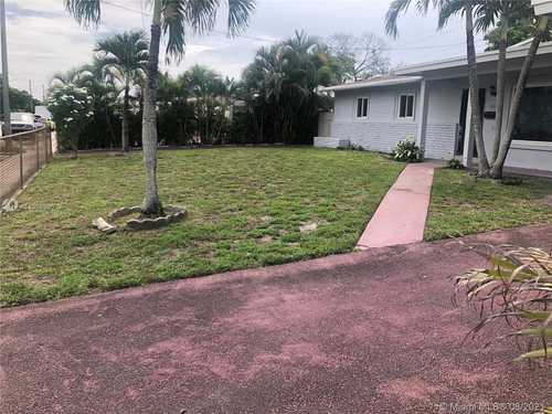$437,000 - 3Br/2Ba -  for Sale in Rev Portion Of The 1st Ad, Miami Gardens