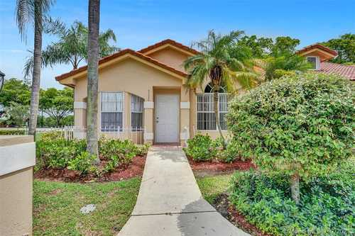 $275,000 - 2Br/2Ba -  for Sale in Lakes By The Bay Sec 9 Am, Cutler Bay