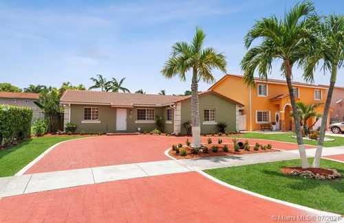 $450,000 - 4Br/2Ba -  for Sale in Majestic Estates 2nd Addn, Miami