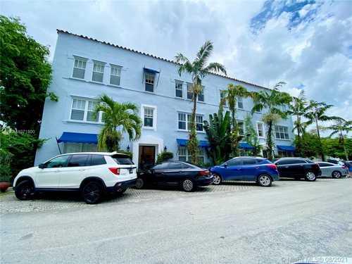 $199,000 - 1Br/1Ba -  for Sale in Cocovana Condo, Miami
