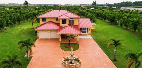$1,249,900 - 4Br/3Ba -  for Sale in Redlands, Miami