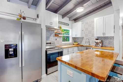 $475,000 - 3Br/1Ba -  for Sale in Rev Pl Of Golf Course Add, Miami Springs