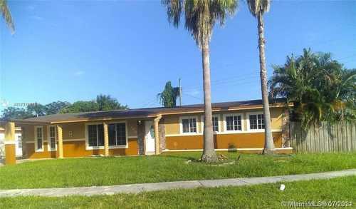 $390,000 - 3Br/2Ba -  for Sale in Carol City 1 St Addn, Miami Gardens