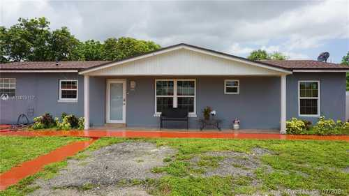 $450,000 - 3Br/2Ba -  for Sale in Bankers Sub #1, Miami Gardens
