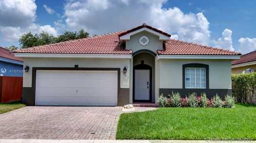 $407,900 - 3Br/2Ba -  for Sale in Silver Palm Lake, Miami