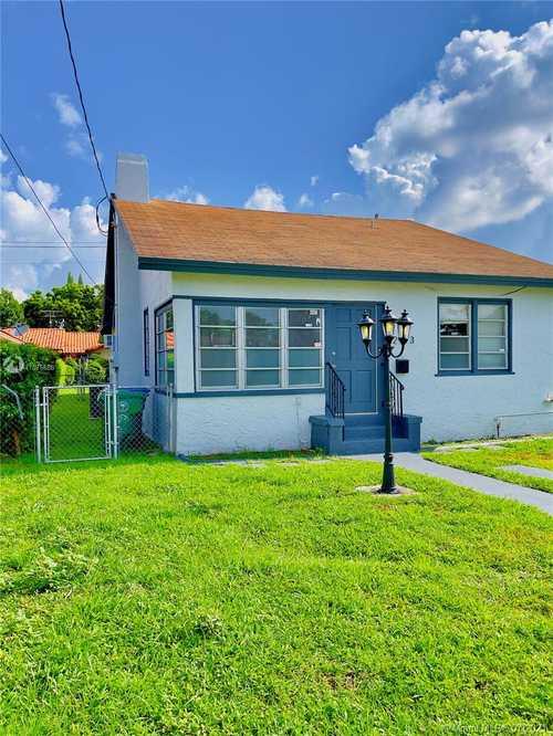 $485,000 - 2Br/1Ba -  for Sale in Grapeland, Miami