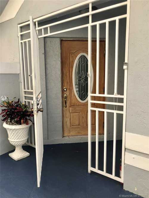 $499,000 - 3Br/2Ba -  for Sale in Monterrey 5th Addn, Miami Gardens