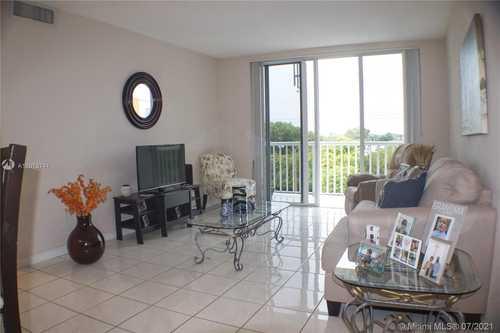 $230,000 - 2Br/1Ba -  for Sale in Cordoba Condo, Miami