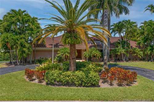 $1,195,000 - 5Br/5Ba -  for Sale in Pine Bay Estates South, Palmetto Bay