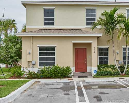 $340,000 - 4Br/3Ba -  for Sale in Fvp Subdivision, Florida City
