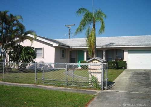 $275,000 - 3Br/2Ba -  for Sale in Palm Beach Lakes South, West Palm Beach