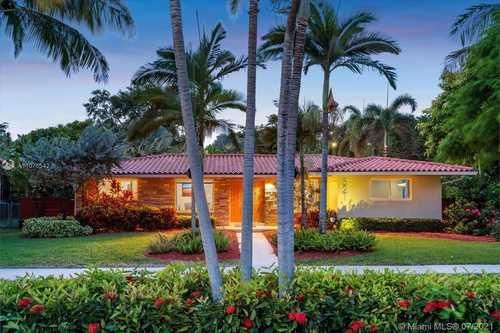 $899,000 - 3Br/2Ba -  for Sale in Amd Pl Miami Shores Sec 5, Miami Shores
