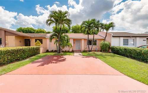 $275,000 - 2Br/1Ba -  for Sale in Lakes Of Acadia Unit 7, Miami Gardens