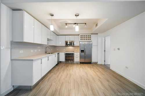 $385,000 - 1Br/1Ba -  for Sale in Nine At Mary Brickell Vil, Miami