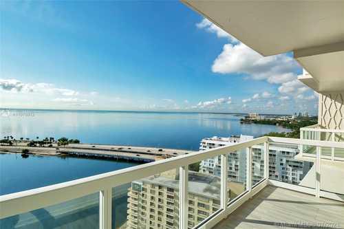 $395,000 - 1Br/1Ba -  for Sale in Brickell Townhouse Condo, Miami