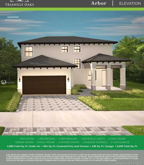 $549,900 - 4Br/4Ba -  for Sale in Triangle Oaks, Miami