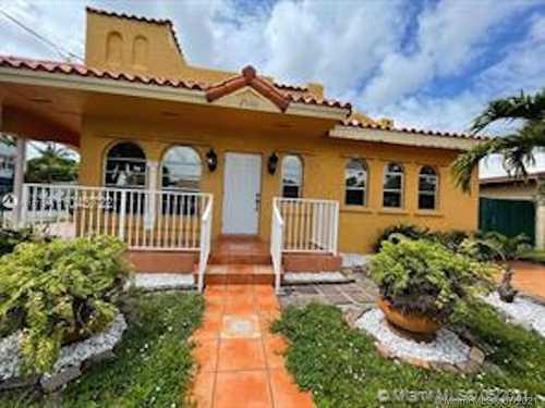 $495,999 - 3Br/1Ba -  for Sale in Carolina Heights Addn, Miami