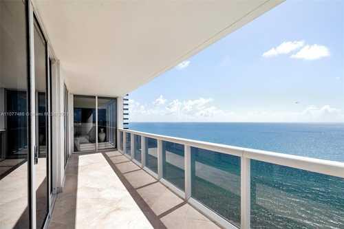 $2,100,000 - 3Br/4Ba -  for Sale in Beach Club Condo, Hallandale Beach