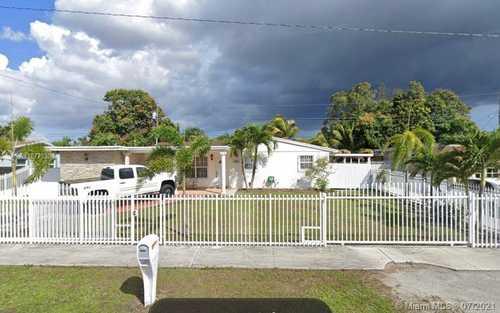 $435,000 - 4Br/2Ba -  for Sale in Carol City 3rd Addn, Miami Gardens