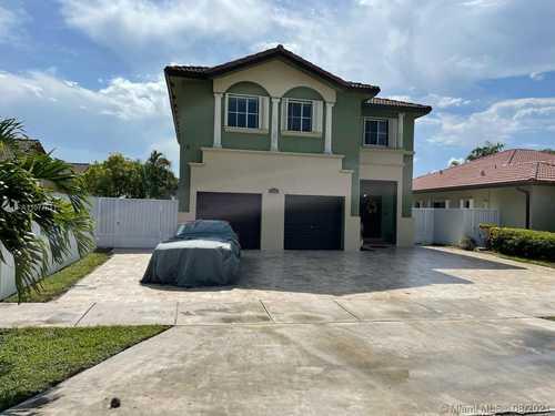 $729,500 - 4Br/4Ba -  for Sale in E F M Estates Sec 4, Miami