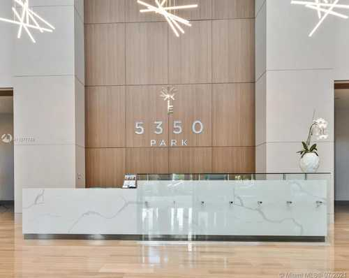 $340,000 - Br/1Ba -  for Sale in 5350 Park Condo, Doral