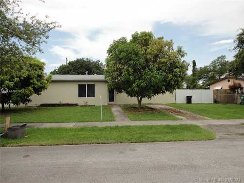 $369,000 - 3Br/1Ba -  for Sale in S Coral Homes Sec 3, Cutler Bay