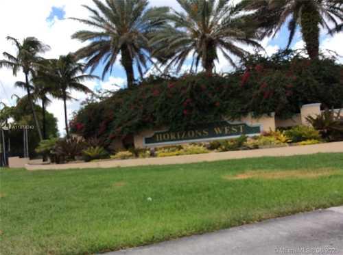 $229,000 - 3Br/2Ba -  for Sale in Horizons West Condo #3, Miami