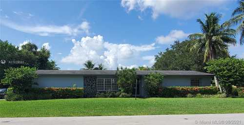 $675,000 - 3Br/2Ba -  for Sale in Kendal Ranches, Miami
