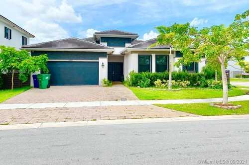 $720,000 - 4Br/4Ba -  for Sale in Meadows Subdivision, Miami