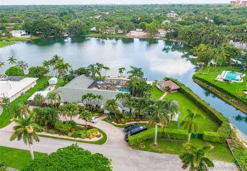 $1,900,000 - 4Br/4Ba -  for Sale in Tanglewood Lake, Palmetto Bay