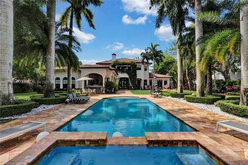 $3,750,000 - 6Br/6Ba -  for Sale in Holiday Ests, Pinecrest