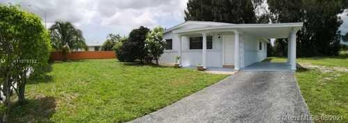 $379,900 - 3Br/2Ba -  for Sale in Carol City 4th Addn, Miami Gardens