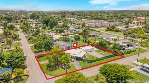 $320,000 - 2Br/1Ba -  for Sale in Kings Highway Homesites 1, Homestead