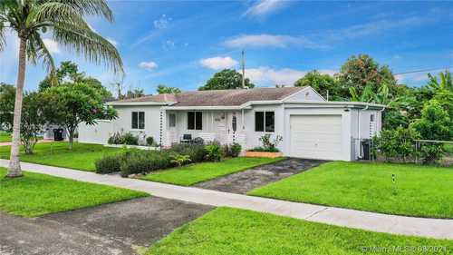 $339,000 - 3Br/2Ba -  for Sale in Helds Sub, Homestead
