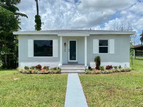 $320,000 - 2Br/1Ba -  for Sale in Granada Heights, Homestead