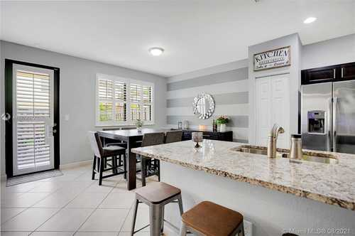 $475,000 - 4Br/4Ba -  for Sale in Century Townhomes At Bird, Miami