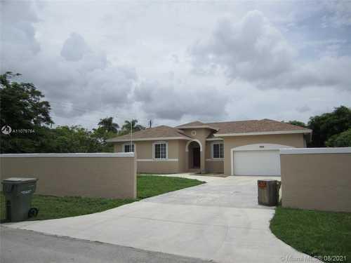 $559,900 - 4Br/3Ba -  for Sale in Costa Calda Estates, Homestead