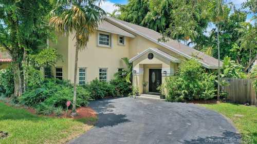 $699,000 - 3Br/4Ba -  for Sale in Calusa Corners, Miami