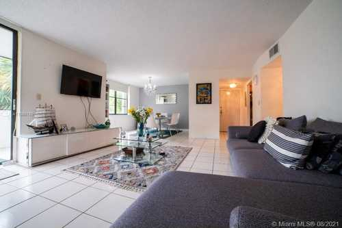 $250,000 - 2Br/2Ba -  for Sale in Kendall Gate Condo, Kendall