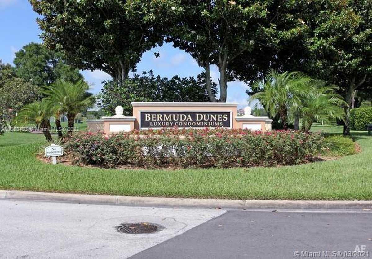 $185,000 - 2Br/2Ba -  for Sale in Bermuda Dunes, Orlando