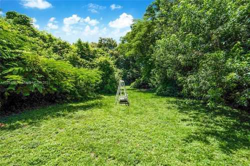 $625,000 - 2Br/1Ba -  for Sale in Griffing Biscayne Park Es, Biscayne Park
