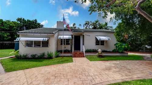 $700,000 - 3Br/2Ba -  for Sale in Amd Pl Griffing Biscayne, Biscayne Park