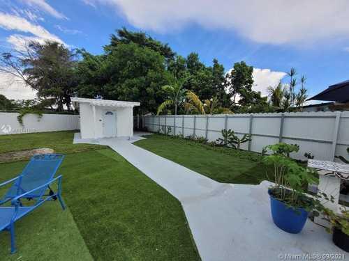 $850 - Br/1Ba -  for Sale in Miami Gardens Manor Sec O, Miami Gardens