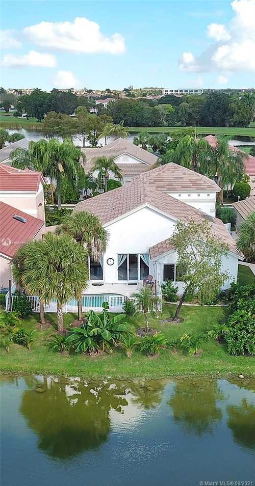 $675,000 - 4Br/4Ba -  for Sale in Lacosta Of Grand Palms, Pembroke Pines