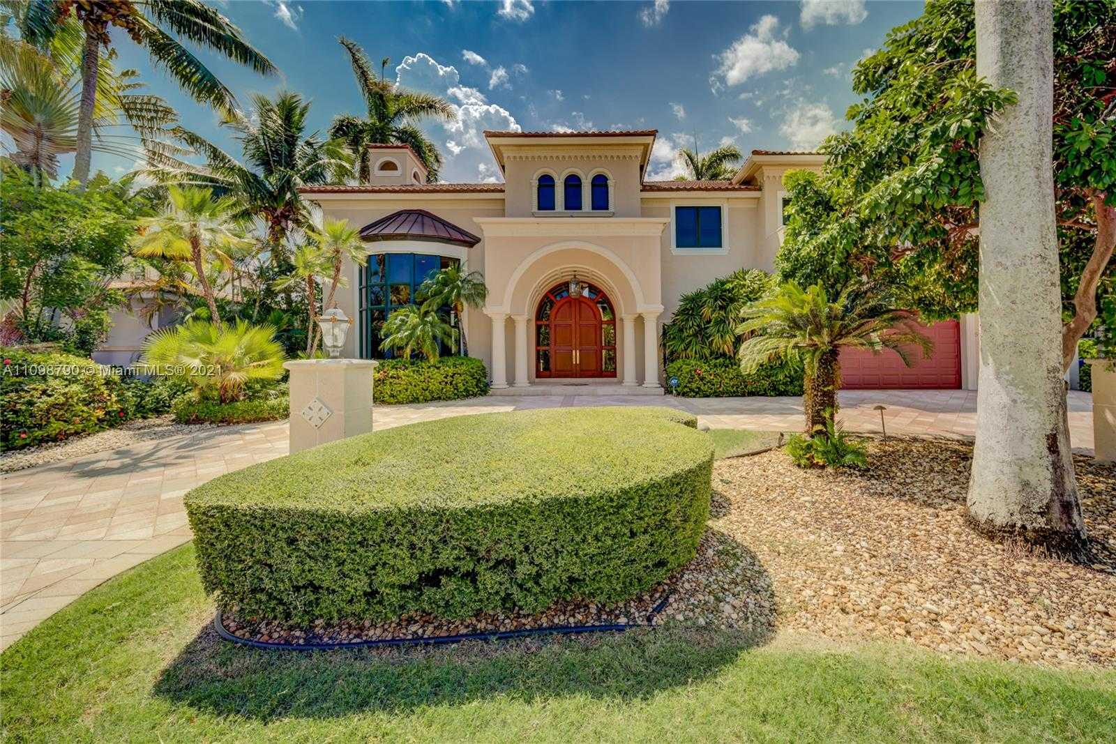 $5,100,000 - 5Br/5Ba -  for Sale in Coral Isles, Fort Lauderdale