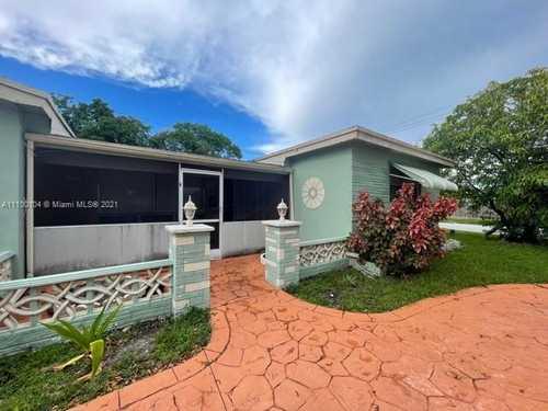 $429,000 - 4Br/2Ba -  for Sale in Miramar Sec 11 51-47 B, Miramar