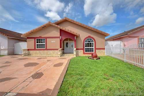 $415,000 - 3Br/2Ba -  for Sale in Christys, Hialeah