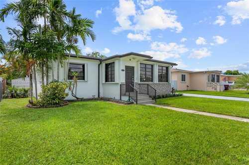 $435,000 - 3Br/1Ba -  for Sale in Bradley Manor 4th Addn, Hialeah