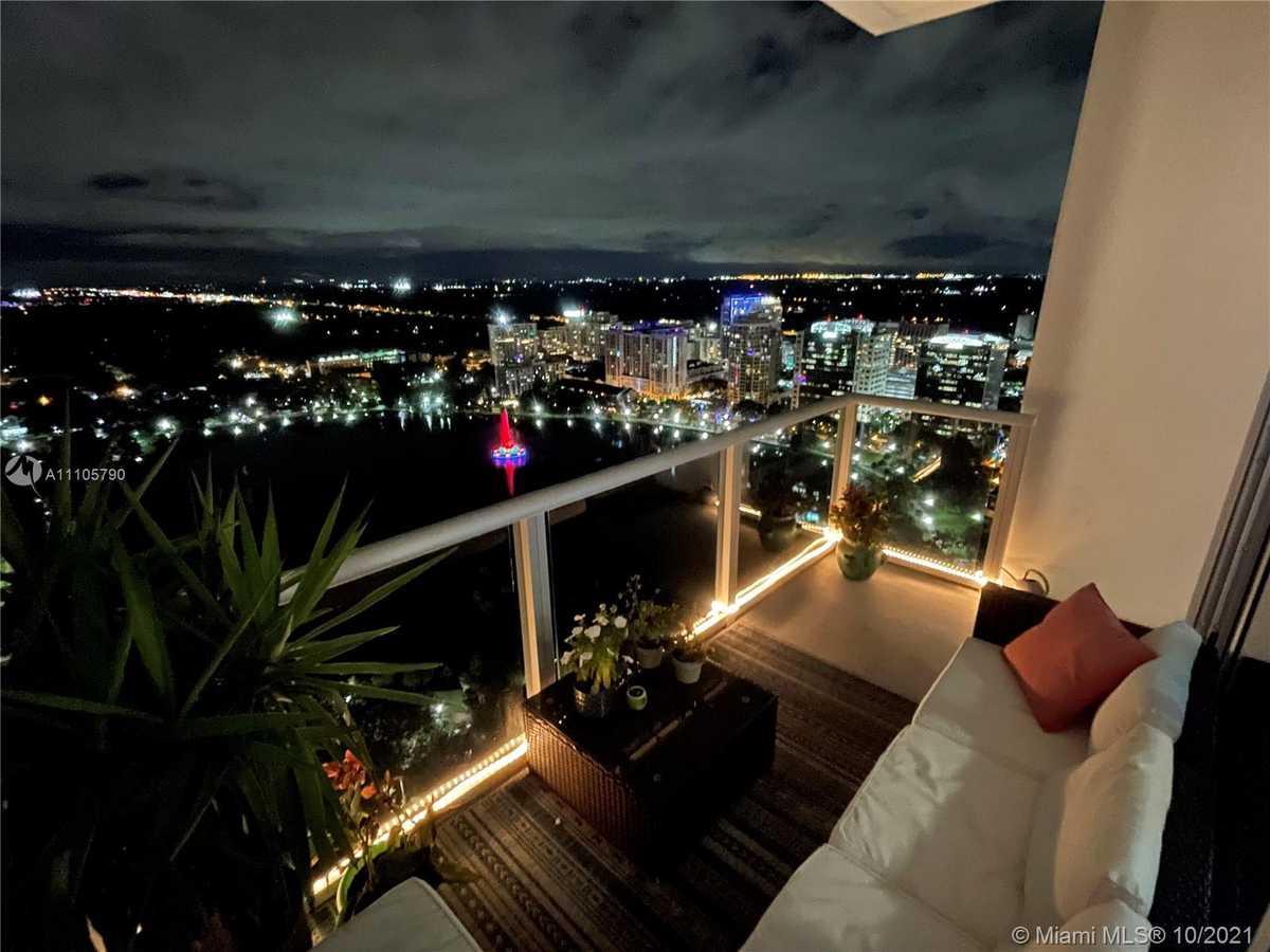 $515,000 - 2Br/2Ba -  for Sale in Vue At Lake Eola, Orlando