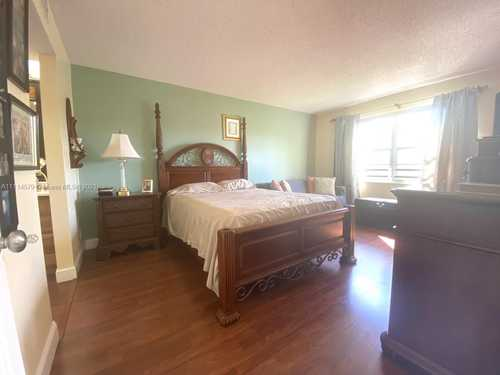 $220,000 - 2Br/2Ba -  for Sale in Hawthorne At Century Vill, Pembroke Pines